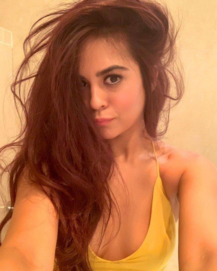 Amazing Sana Saeed 1