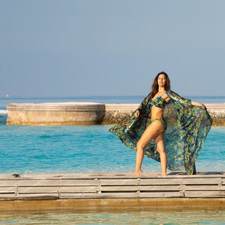 Sophie Choudry Stuns in Bikini 1