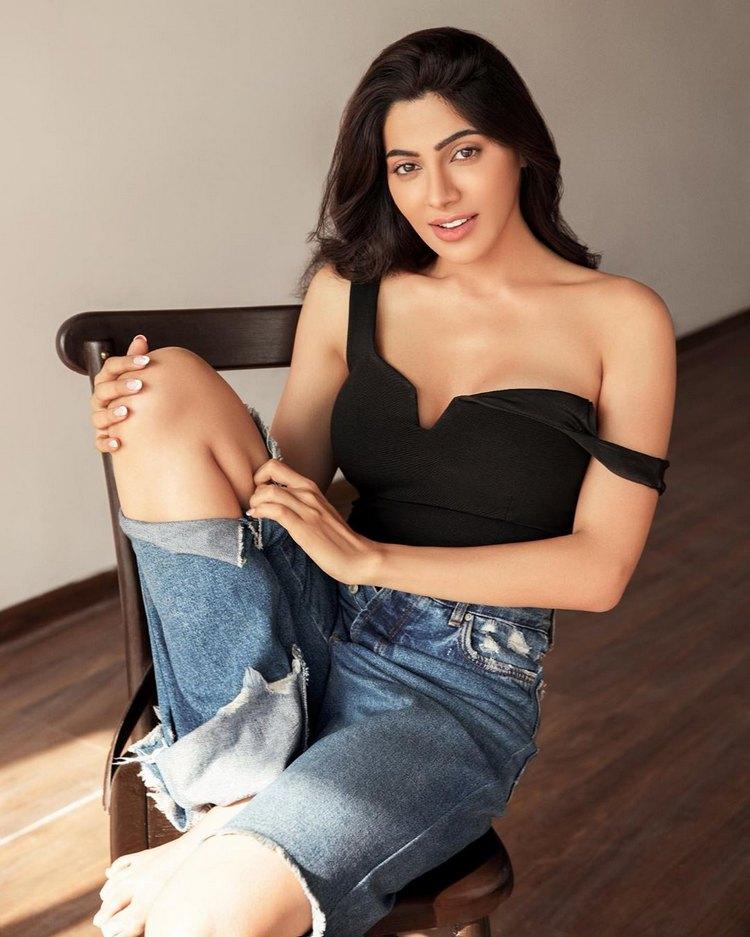 Stunning Nikki Tamboli - TimesSouth.com