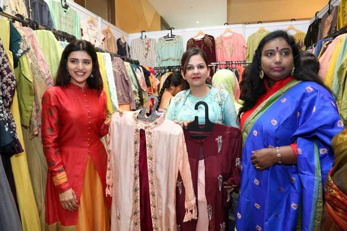 Chitra Shukla Inaugurates Melodrama Expo 1.JPG