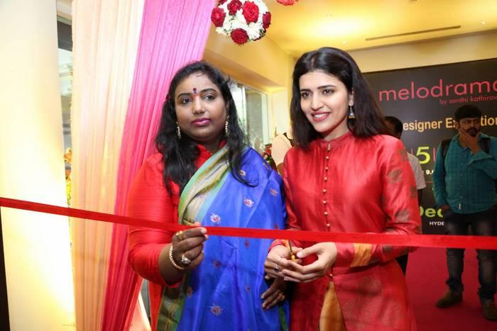 Chitra Shukla Inaugurates Melodrama Expo 5.JPG